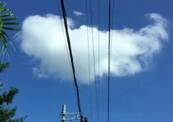 雲01.png